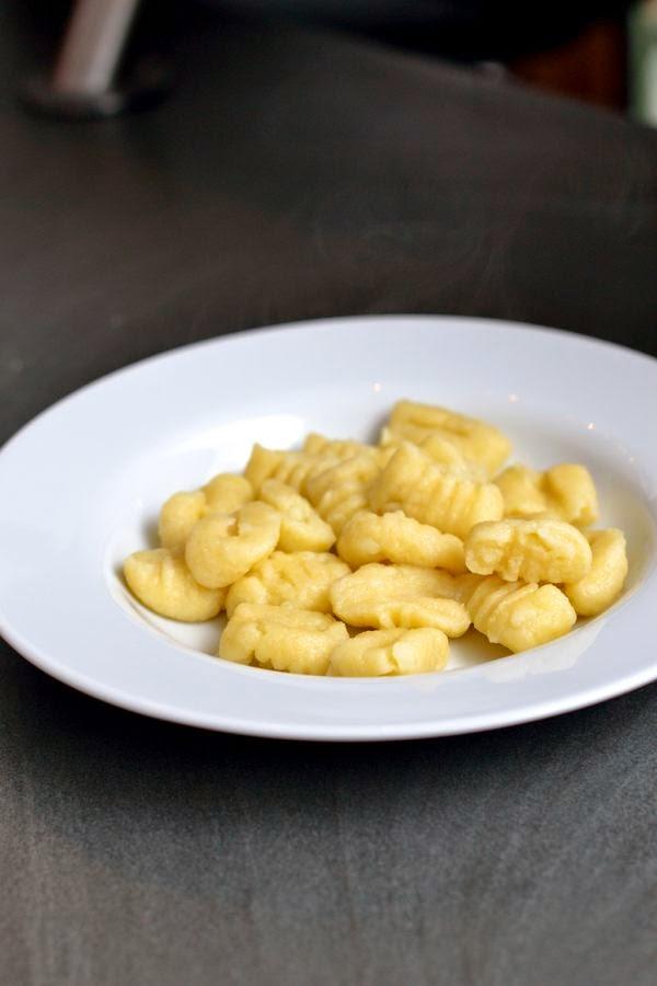 Gnocchi selbstgemacht aus vorwiegend festkochenden Kartoffeln