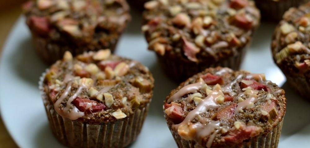 Vegane Rhabarber-Muffins mit Aperol-Guss