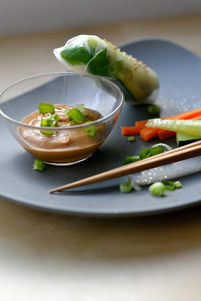 Asiatischer Erdnuss-Dip