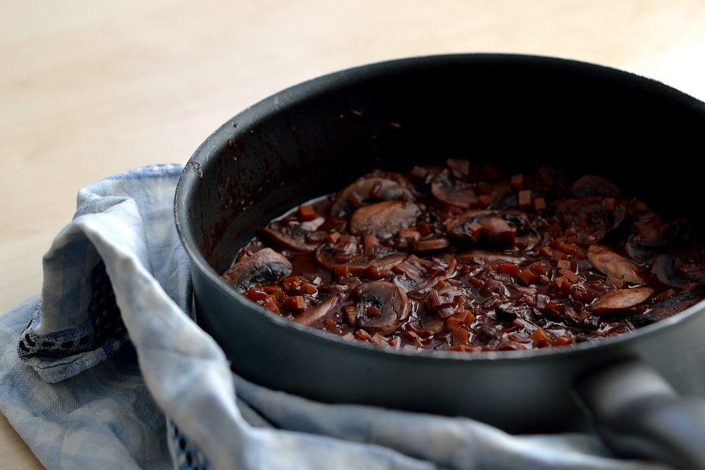 Den Herbst feiern: Champignons Bourguignon - Herbs & Chocolate