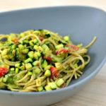 Feierabendküche: Spaghetti mit Zucchini-Avocadocreme