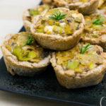 Mini-Lauch-Quiches mit Feta - Saisonal schmeckt's besser