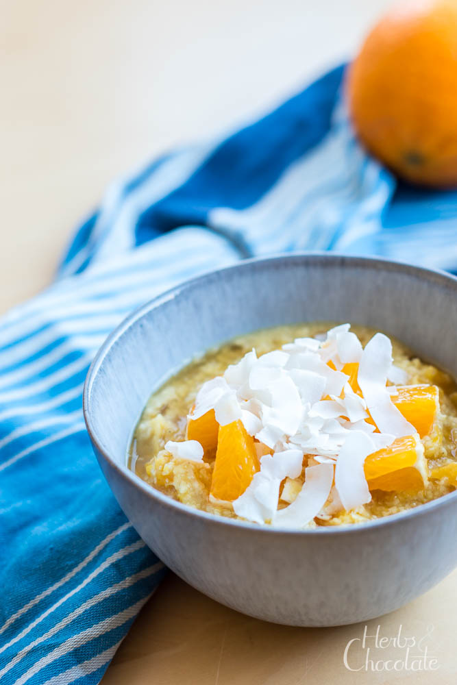Hirseporridge mit Orange und Kokos